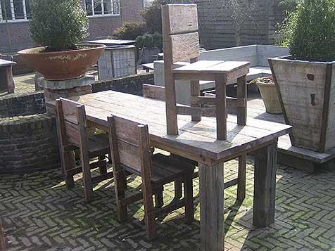 DINERSET [OUD HARDHOUT]